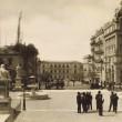 ΑΘΗΝΑ, 1930. Άποψη της οδού Κοραή από τα προπύλαια του Πανεπιστημίου Αθηνών.